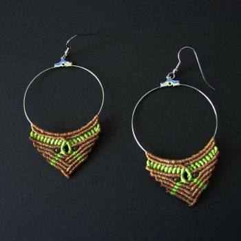 "Nice Macrame Earrings ""Spring"" with brass beads"