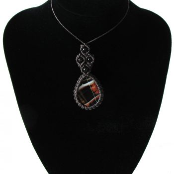 """Dark brown macrame pendant """"The Queen of Spades"""" with agate stone and agate  beads"""